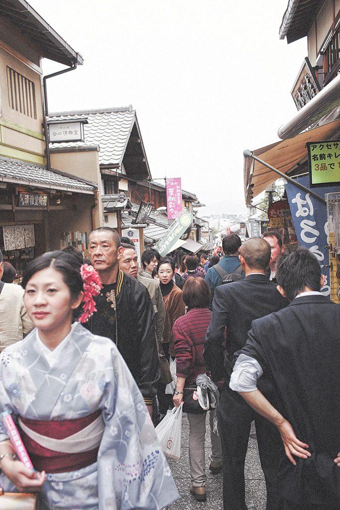 【來去日本拍婚紗】景點 – 清水寺人山人海