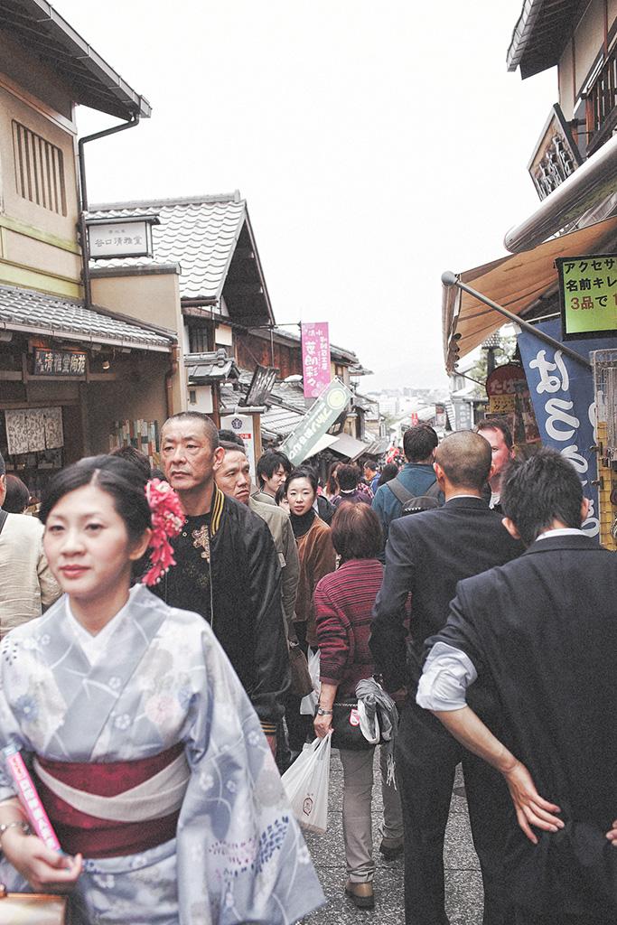 【京都拍婚紗】景點 – 清水寺人山人海