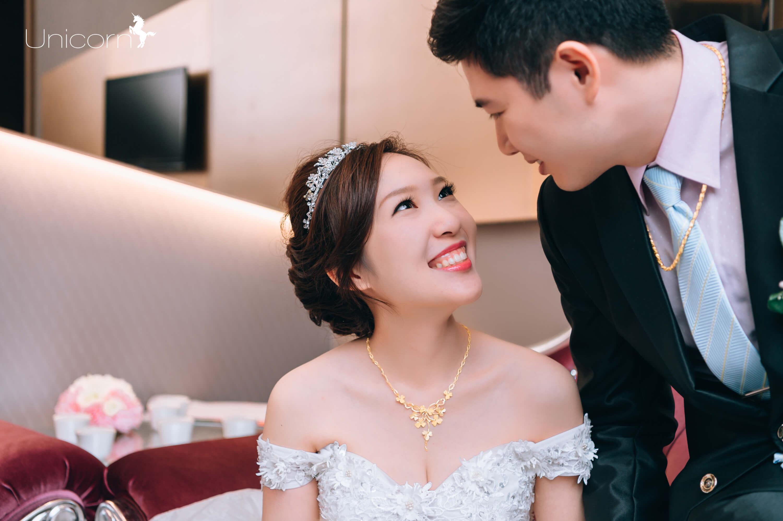 《婚攝Kevin》明煊 & 鈺婷 / 豐原臻愛婚宴會館