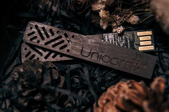 獨角獸婚攝團隊 - 2018 USB 交件隨身碟